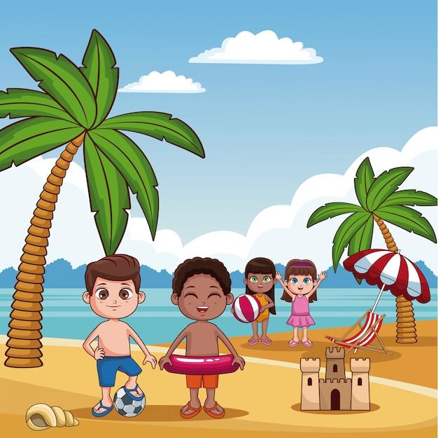 Bambini svegli che giocano il fumetto di estate della spiaggia Vettore Premium