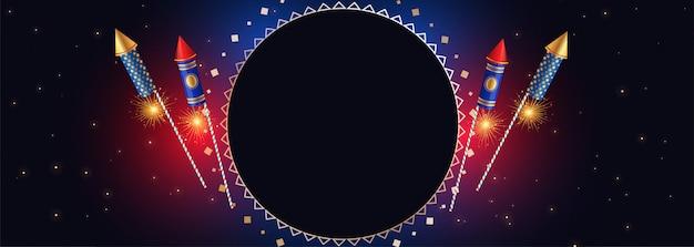 Bandiera felice di diwali con i cracker e lo spazio del testo Vettore gratuito