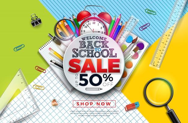 Banner di vendita a scuola con matita colorata, sveglia, pennello e altri oggetti didattici Vettore Premium