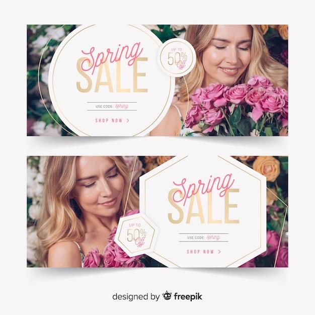 Banner di vendita di primavera con foto Vettore gratuito