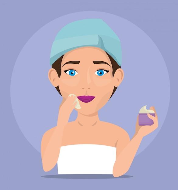 Bella donna in trattamento viso Vettore gratuito