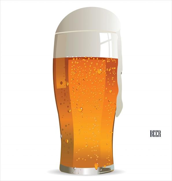 Bicchiere di birra leggera isolato su uno sfondo bianco Vettore Premium