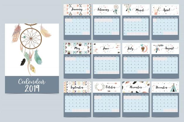 Calendario mensile chic con dreamcatcher Vettore Premium