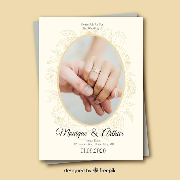 Carta di invito di nozze con foto Vettore gratuito
