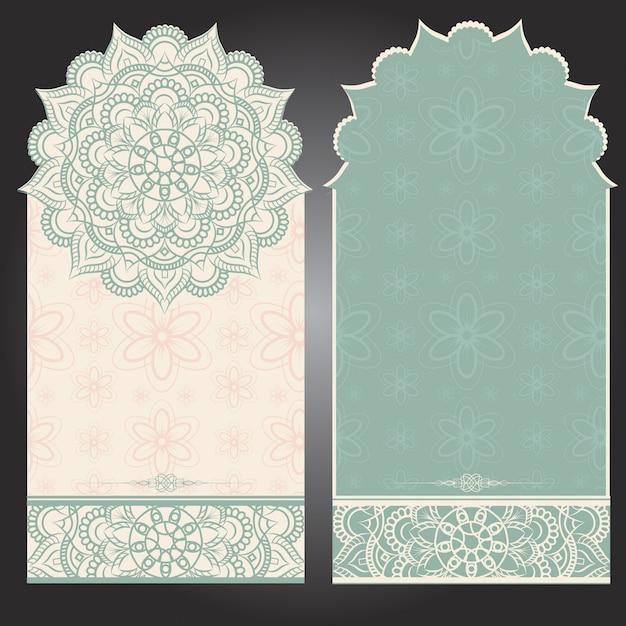 Carta di sfondo verticale con design mandala Vettore Premium