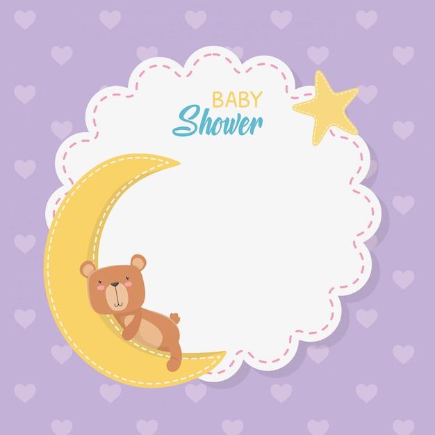 Carta pizzo baby shower con orsacchiotto con luna Vettore gratuito