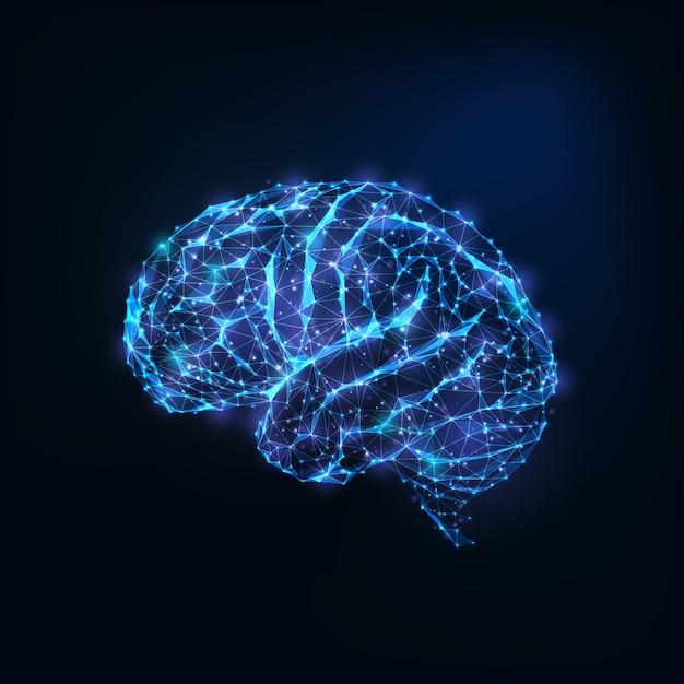 Cervello basso poligonale incandescente futuristico come linee collegate, stelle isolate su fondo blu scuro. Vettore Premium