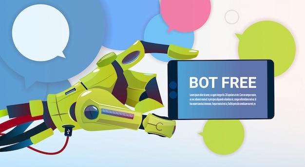 Chat bot mani utilizzando cell smart phone, robot di assistenza virtuale del sito web o applicazioni mobili, a Vettore Premium