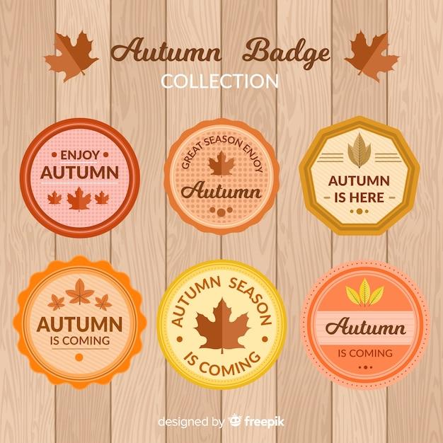 Collezione di badge autunno design piatto Vettore gratuito