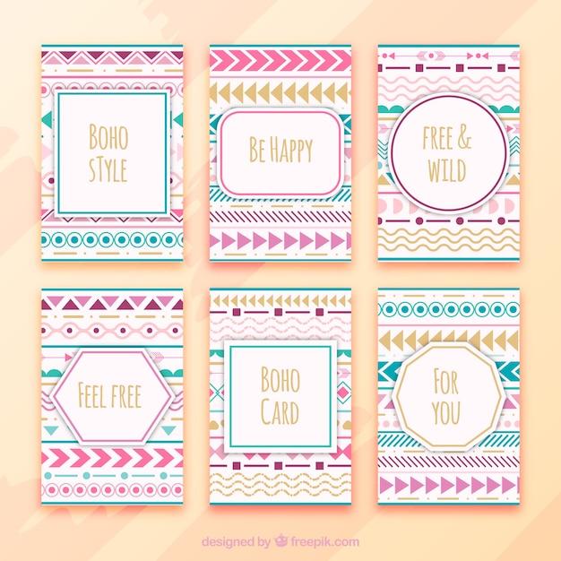 Collezione di carte boho con elementi hippie Vettore gratuito