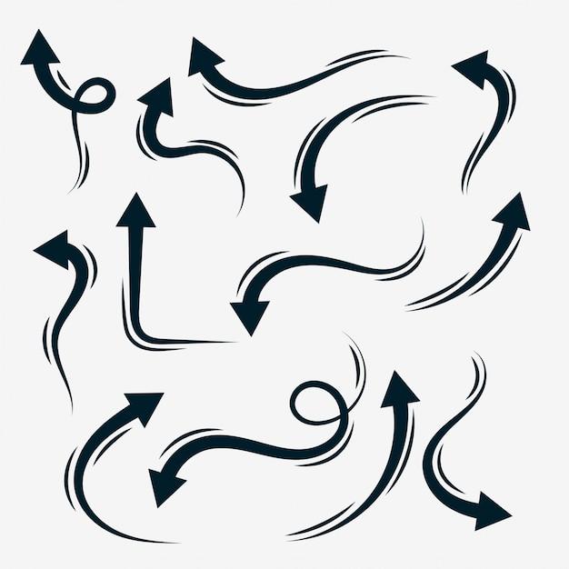 Collezione di frecce disegnate a mano in stile doodle Vettore gratuito