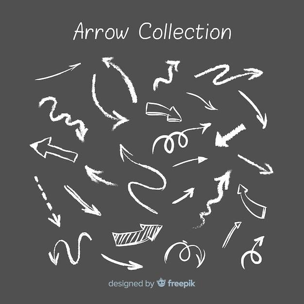 Collezione di frecce in stile gesso Vettore gratuito