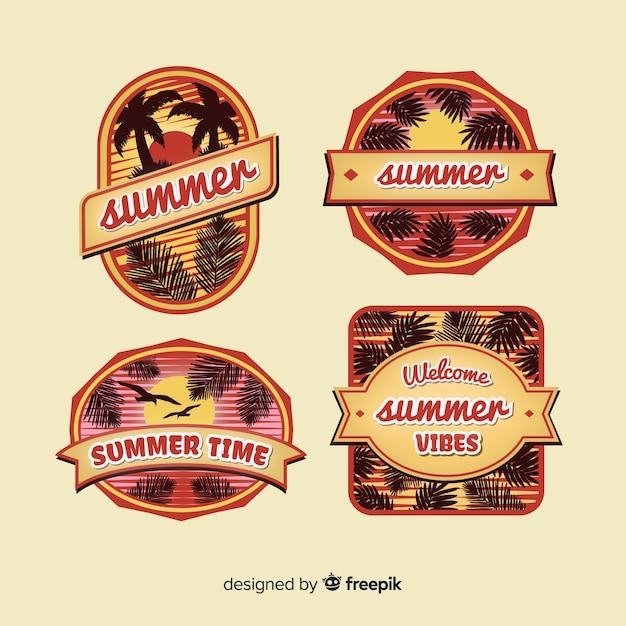 Collezione vintage di badge estivi Vettore gratuito