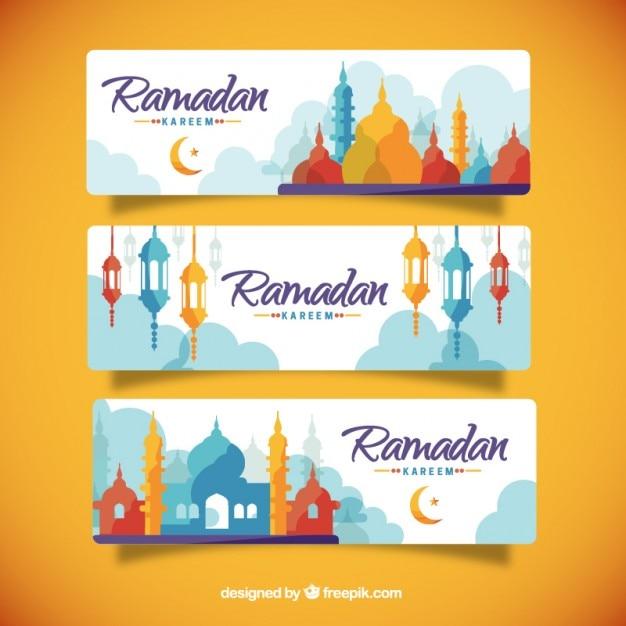 Colorato sagome banner ramadan Vettore gratuito