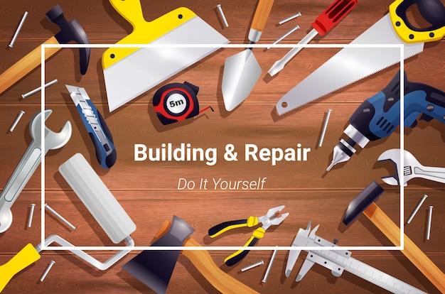 Composizione realistica nel fondo degli strumenti di carpenteria Vettore gratuito