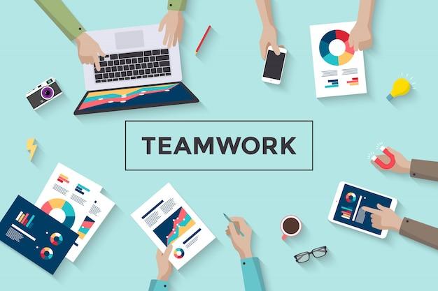 Concetto di lavoro di squadra, pianificazione e pianificazione delle persone Vettore Premium