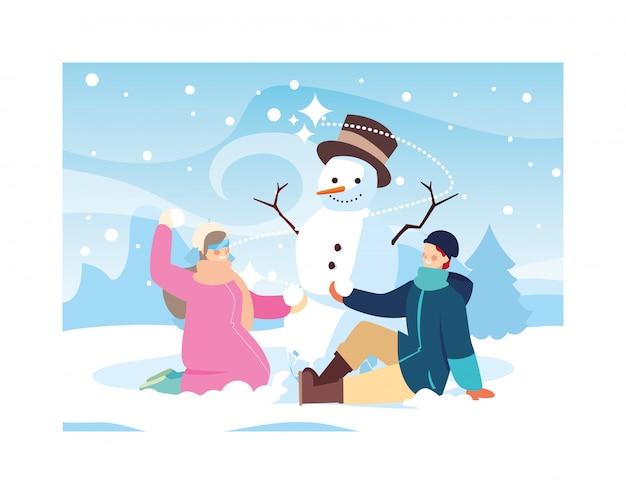 Coppia di persone con pupazzo di neve nel paesaggio invernale Vettore Premium