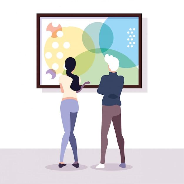 Coppia di persone nella galleria d'arte contemporanea, visitatori della mostra che guardano quadri astratti moderni Vettore Premium