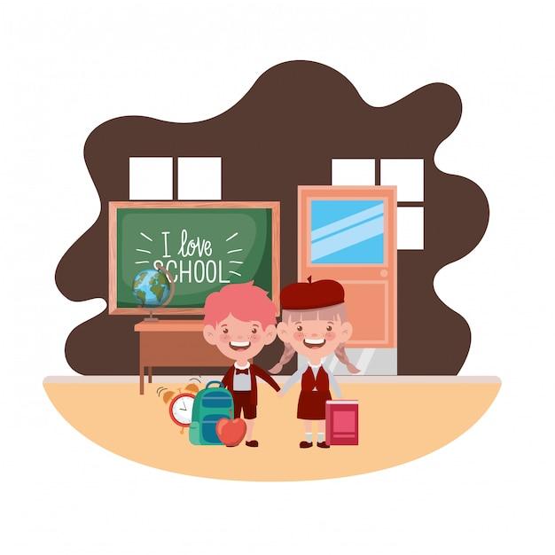 Coppia di studenti con materiale scolastico in classe Vettore Premium