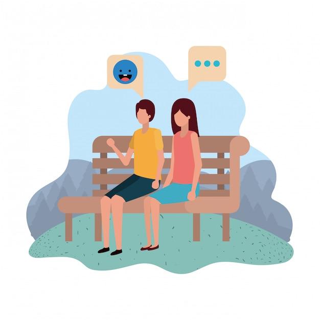 Coppie che si siedono sulla sedia del parco con i fumetti Vettore Premium