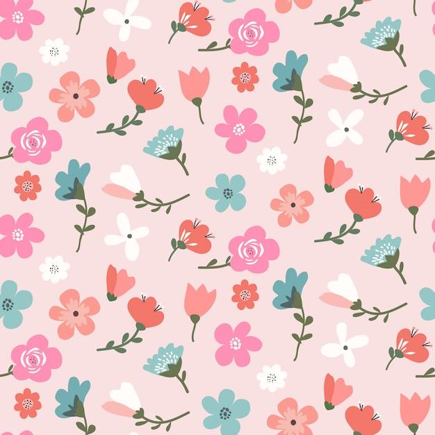 Design pattern floreale senza soluzione di continuità con fiori colorati carini Vettore Premium