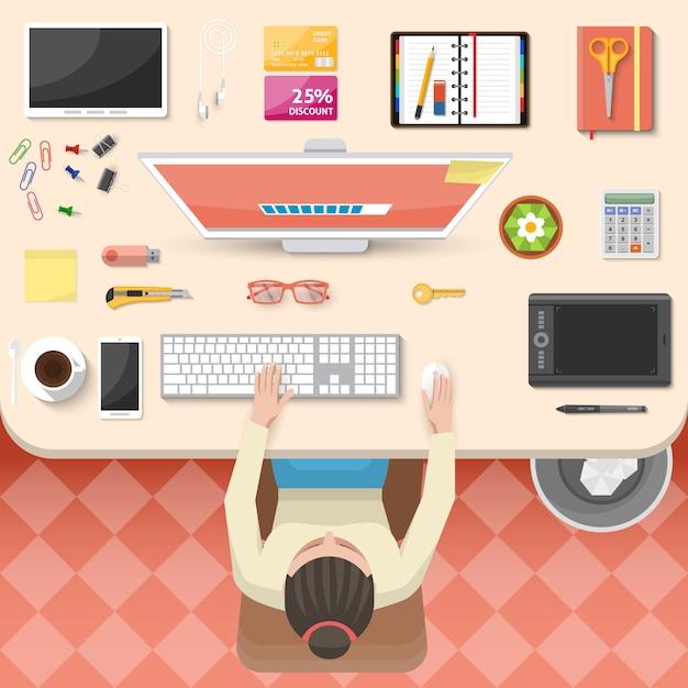 Design vista dall'alto sul posto di lavoro Vettore gratuito
