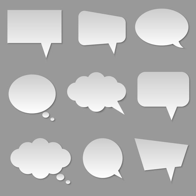 Discorso bianco della bolla della nuvola in bianco isolato Vettore Premium