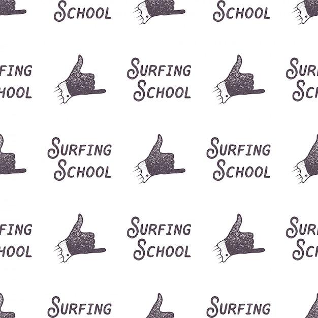 Disegno del modello vecchio stile scuola di surf. carta da parati senza giunte di estate con il segno del surfista - shaka Vettore Premium