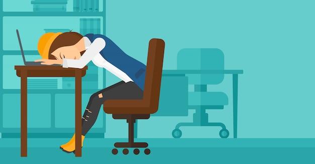 Donna che dorme sul posto di lavoro. Vettore Premium