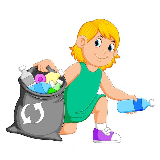 Donna che raccoglie spazzatura Vettore Premium