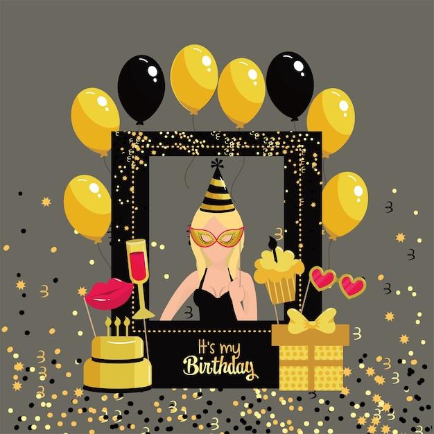 Donna con struttura di compleanno e decorazione di palloncini Vettore Premium