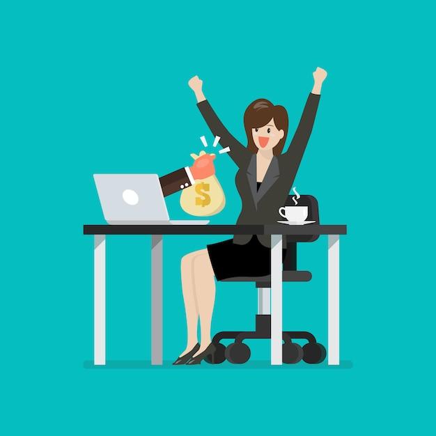 Donna felice di affari che ottiene borsa di soldi dal suo computer portatile Vettore Premium