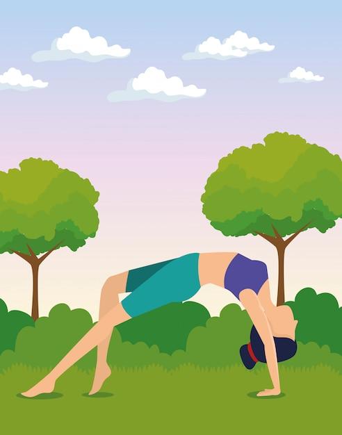Donne che fanno esercizio con alberi e cespugli Vettore gratuito