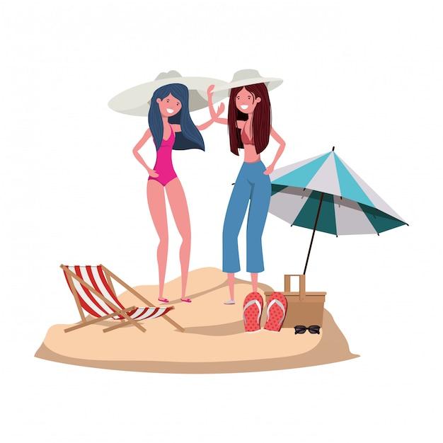 Donne con costume da bagno sulla spiaggia e ombrellone Vettore gratuito