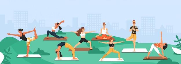 Donne sportive che praticano yoga nel parco. Vettore Premium