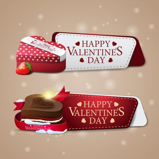 Due banner di auguri per san valentino con cioccolatini e regali Vettore Premium