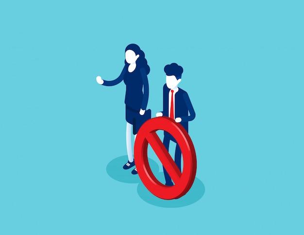 È vietato stare in piedi accanto al cartello di entrata. il posto è bloccato Vettore Premium