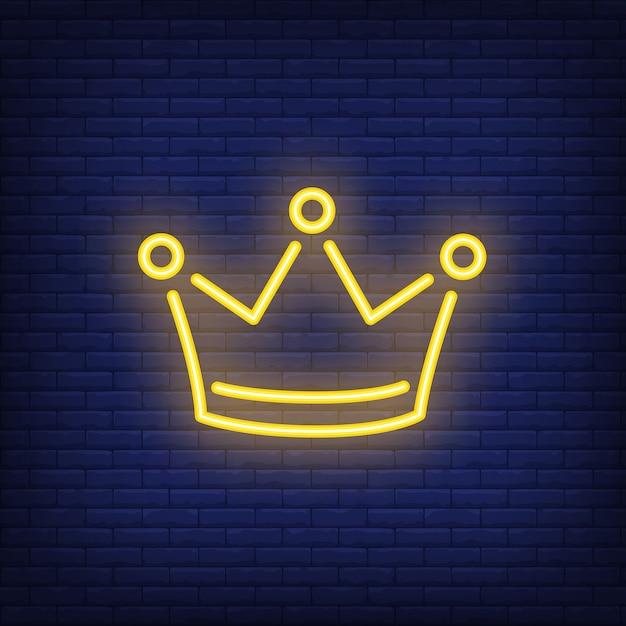 Elemento pubblicitario luminoso notte corona gialla. concetto di gioco d'azzardo per insegna al neon Vettore gratuito