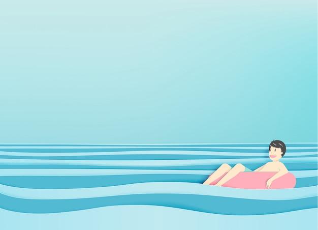 Equipaggi il galleggiamento sulla spiaggia con la bella priorità bassa del mare Vettore Premium