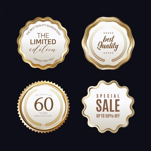 Etichette dorate con cornice dorata su beige Vettore Premium