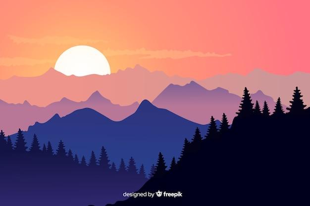 Foresta e montagne e cielo sereno Vettore gratuito