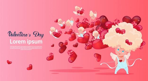 Forma del cuore di cupido di amour love amour love day card card Vettore Premium