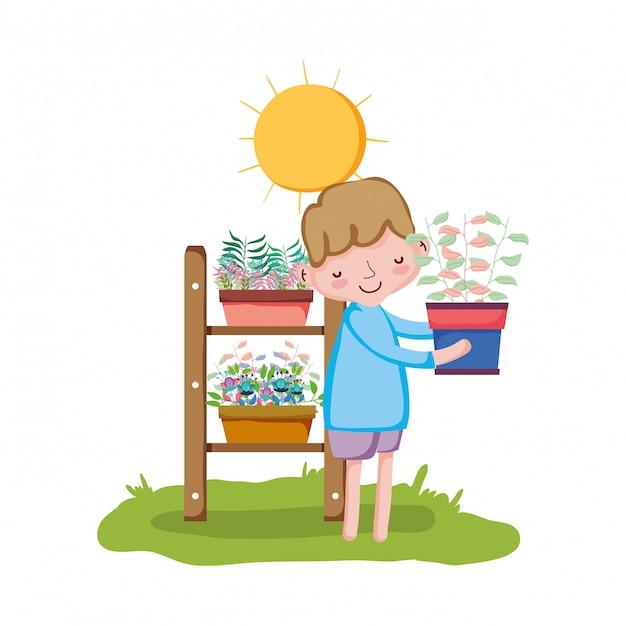 Houseplant di sollevamento del ragazzino con lo scaffale nel giardino Vettore Premium