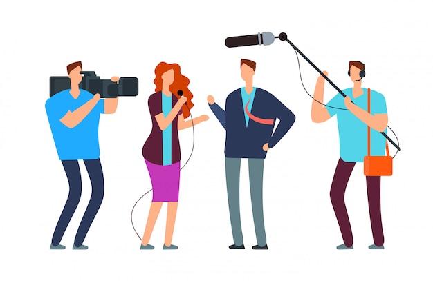 I giornalisti intervistano. trasmissione di reportage con fotografo e videografo. trasmissione Vettore Premium
