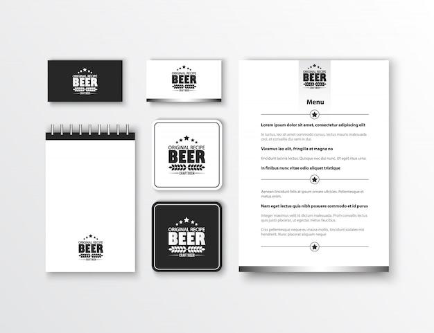 Identità aziendale design classico modello di cancelleria. documentazione per le imprese. Vettore gratuito