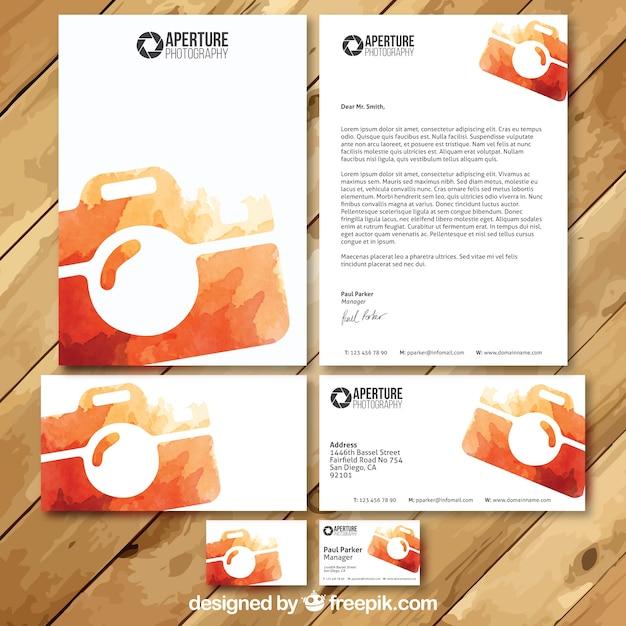 Il fotografo acquerello visit card set Vettore gratuito