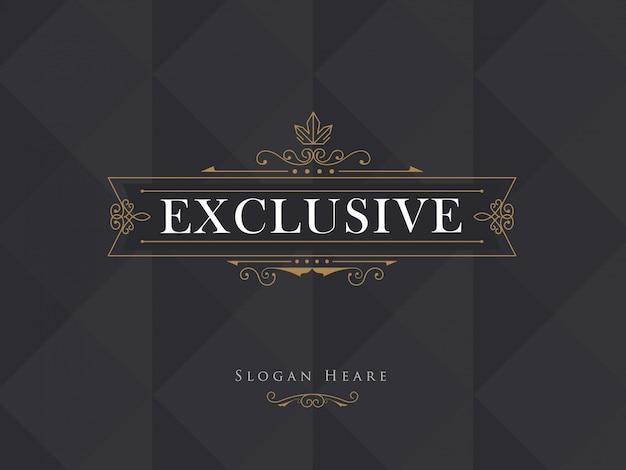 Il logotipo di vettore moderno della struttura della corona di lusso fiorisce Vettore Premium