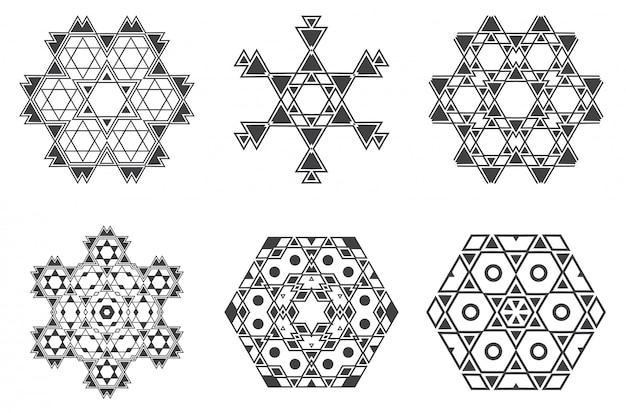 Il mandala etnico di frattalo ebreo israeliano assomiglia a fiocco di neve o maya aztec pattern o fiore Vettore Premium