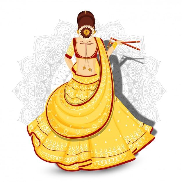 Il punto di vista posteriore di bella donna che tiene il dandiya attacca sul fondo floreale della mandala bianca. Vettore Premium