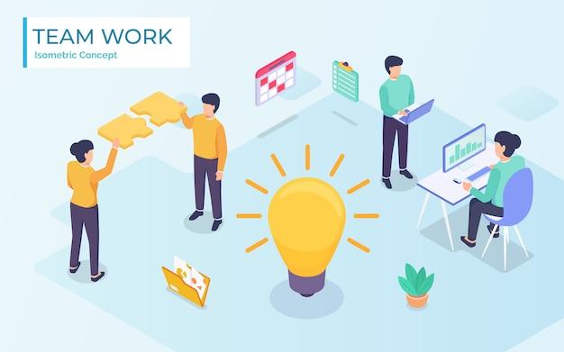 Illustrazione di affari isometrica piatta. i personaggi di piccole persone sviluppano idee imprenditoriali creative. grande lampadina isometrica come idea metafora Vettore Premium